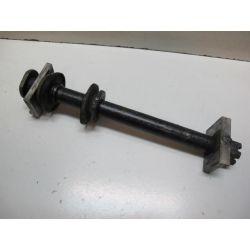 Axe de roue ar 250KX 02