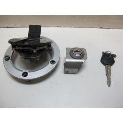 Contacteur a clé et serrure 650 SV 99/02